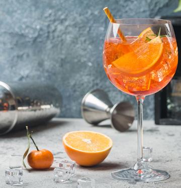Alcolici e dieta. Come comportarsi?
